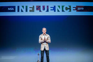 Influence-2019-Day 5 General Session 2-011-8032